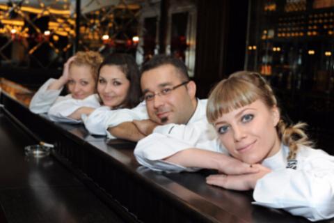 满洲里俄罗斯西餐厅。李明摄