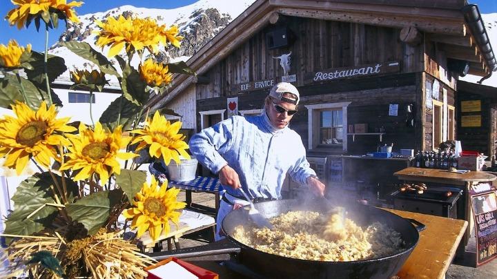 跟随冬季达沃斯论坛赏雪景 感受瑞士小镇别样魅力