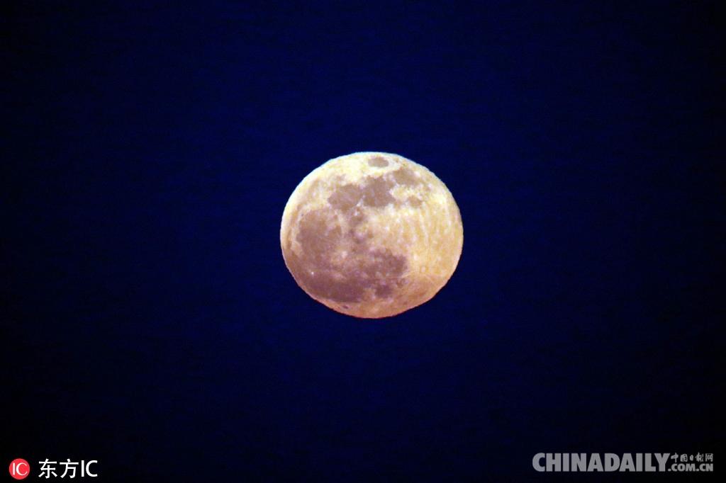 2019年首轮 超级月亮 现身天宇 中国日报网