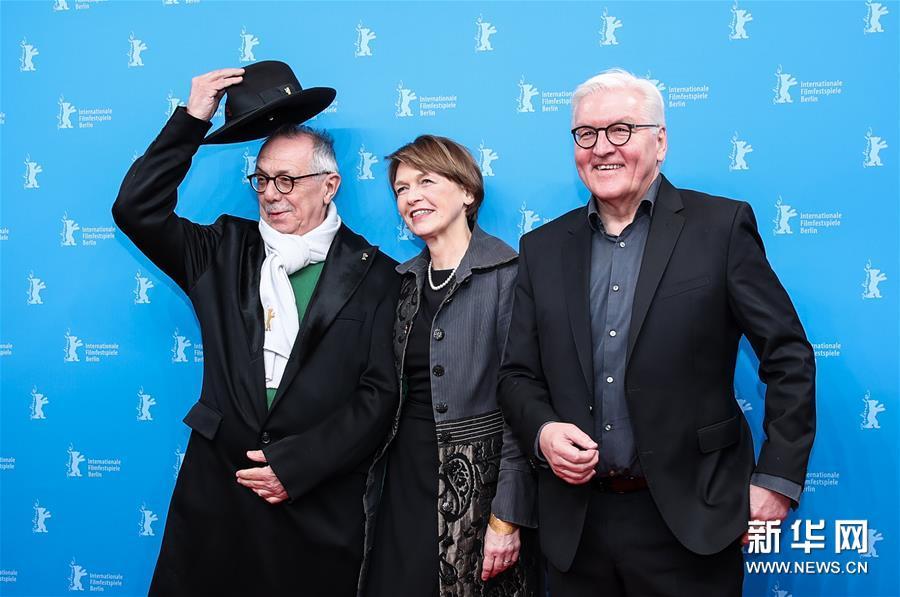 (国际)(2)影片《布莱希特》柏林电影节首映