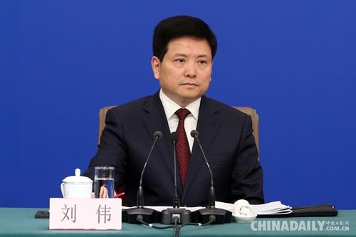 财政部部长刘昆等就