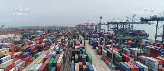 新闻观察:中国外贸进出口继续稳中提质
