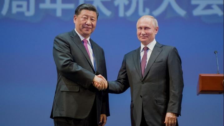 习近平和俄罗斯总统普京共同出席中俄建交70周年纪念活动