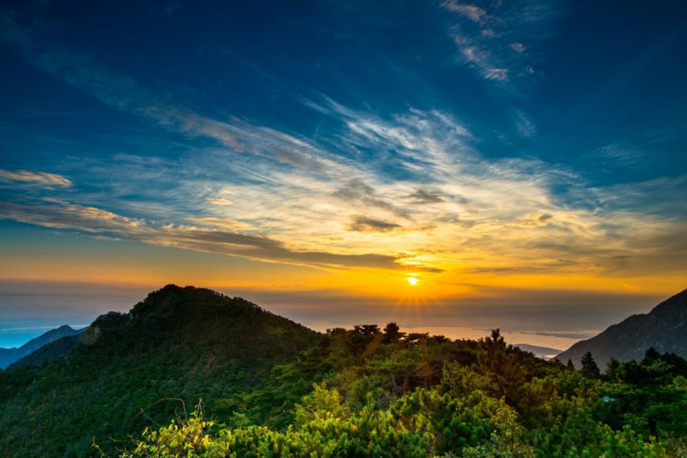 为了推动庐山自然风景区的可持续发展,庐山风景区管理局规划大庐山