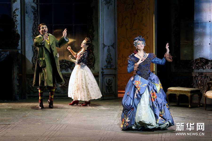 """(新华视界)(3)意大利斯卡拉歌剧院举行""""开门排练"""""""