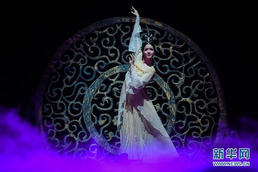 (国际)(2)中国舞剧《孔子》亮相莫斯科
