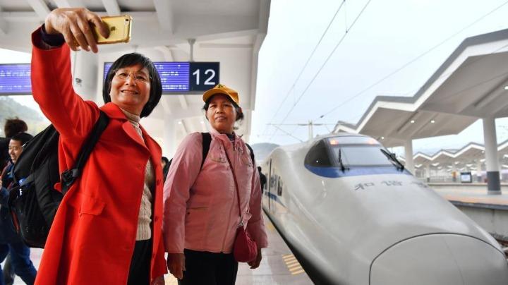 """【中国那些事儿】""""最赚钱""""的京沪高铁公开招股 外媒:这样赚钱的铁路会越来越多"""