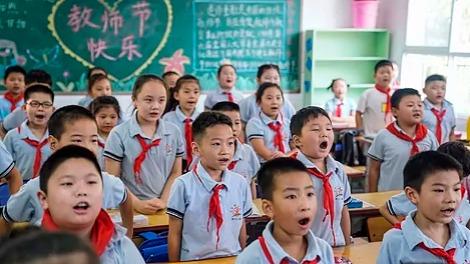 【中国那些事儿】外国媒体:近两亿学生安全返校,中国是如何做到的?