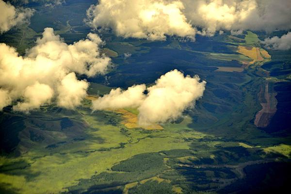 空中俯瞰草原美景-鞠传江摄影